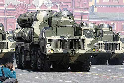 "MOSCOW. Russia celebrates its 64th anniversary of the ""Victory in the Great Patriotic War."" Photo depics Russian vehicle displaying multiple S-300 long-range SAMs (Surface of Air Missiles). Photo Credit: © 2009 www.kremlin.ru.(Source: Wikipedia)."