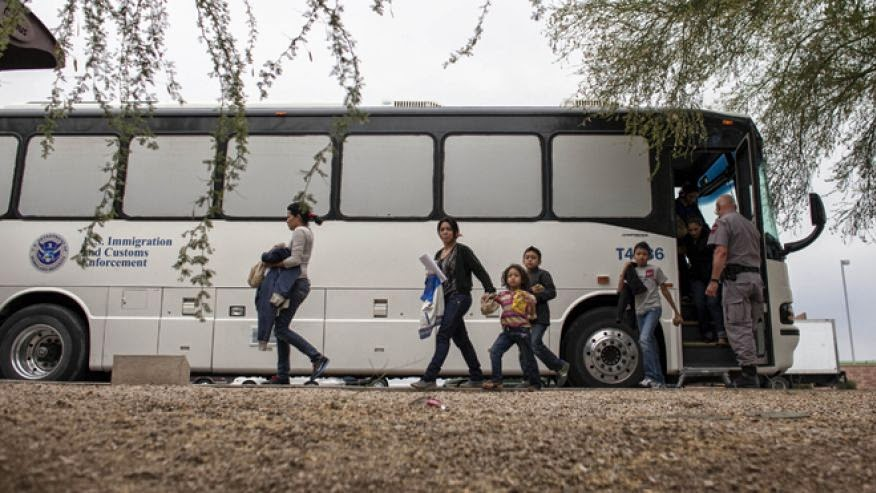 ICE Bus transporting reportedly illegal aliens to unspecified bus stops. They are supposed to return within about 15 days for an immigration hearing.  Most reportedly never return, and ICE never looks for them (Uncredited Photo. Please advise for credit).