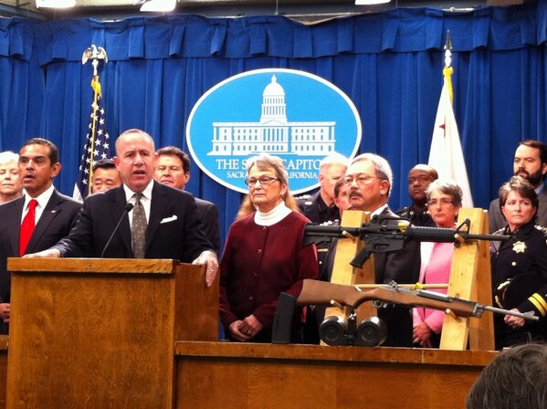 California Left Democrat State Senators pass legislation to highly restrict gun sales and ammunition in the Golden State. Mayor Antonio Villaraigosa (D- Los Angeles) and San Francisco mayor Ed Lee (D) join in the press conference at the State Capitol in Sacramento, CA [image credit: Capital Public Radio Network].